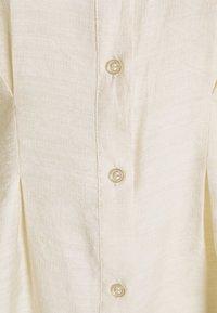 Vero Moda - VMCLOVER - Button-down blouse - birch - 2