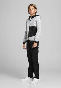 Jack & Jones Junior - Zip-up hoodie - light grey melange - 0
