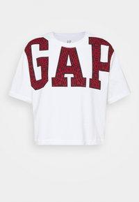 GAP - BOXY CROP TEE - Camiseta estampada - white - 0