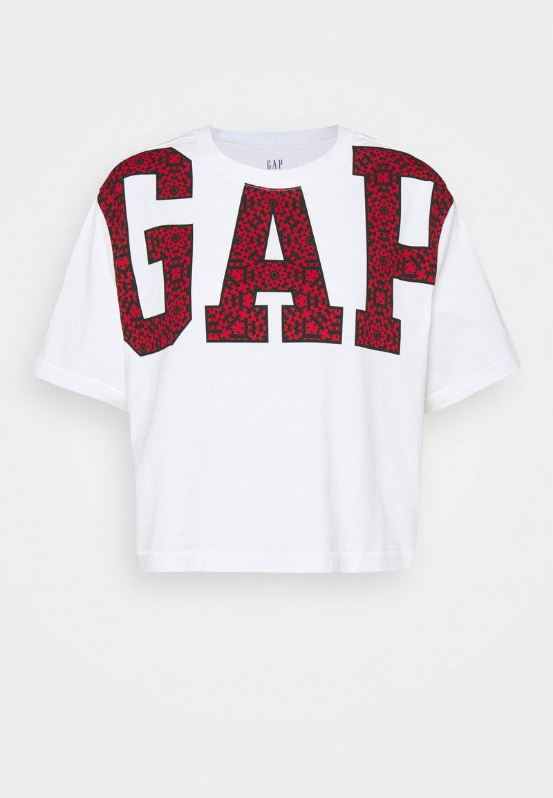 GAP - BOXY CROP TEE - Camiseta estampada - white
