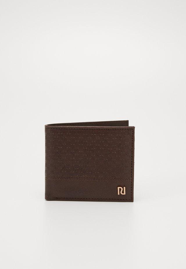 MONOGRAM WALLET - Peněženka - choc
