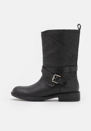 CATRIA - Boots - black