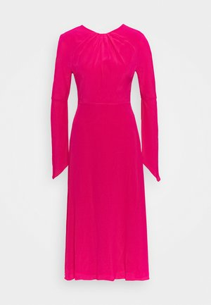 LONG SLEEVE TWIST BACK - Day dress - fuchsia