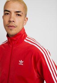 adidas Originals - FIREBIRD ADICOLOR SPORT INSPIRED TRACK TOP - Sportovní bunda - lush red - 5