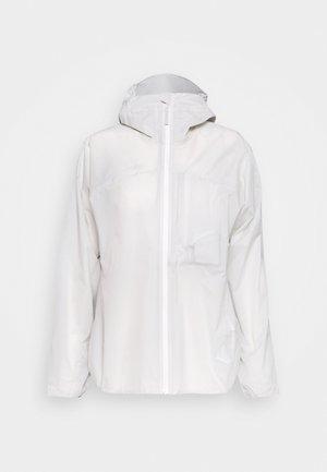 KENTO LIGHT HOODED JACKET WOMEN - Hardshellová bunda - bright white