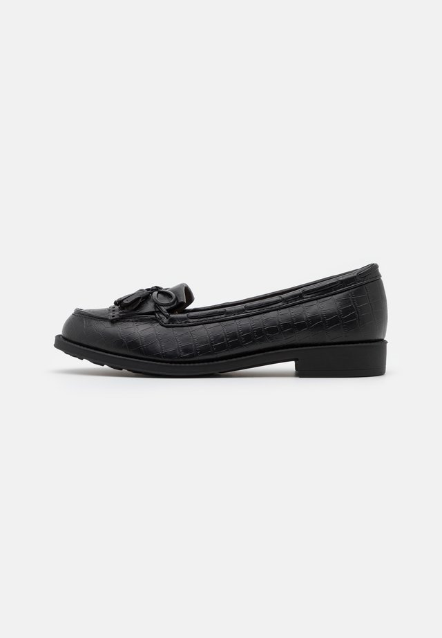 WIDE FIT LEXY FRINGE LOAFER - Instappers - black