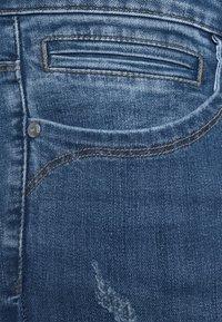 ONLY Carmakoma - CARKARLA - Jeans Skinny Fit - medium blue denim - 2