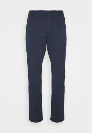 CARL - Chinos - navy blazer