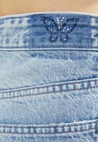 Bershka - Jeansy Straight Leg - light blue - 4