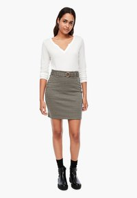 Q/S designed by - MET RIEM - Pencil skirt - dusty brown check - 6