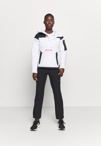 Columbia - CHALLENGER - Winter jacket - white/black - 1