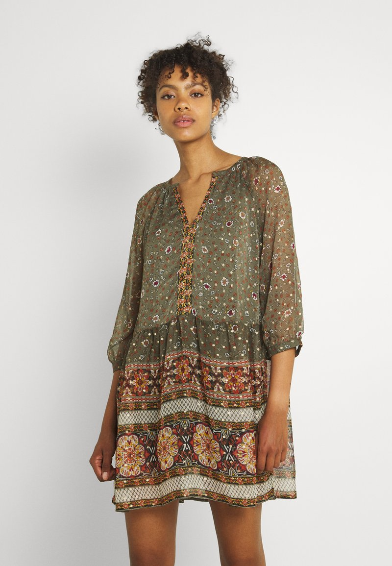 Vero Moda - VMBOHEMEA SHORT DRESS - Sukienka letnia - ivy green/bohemea