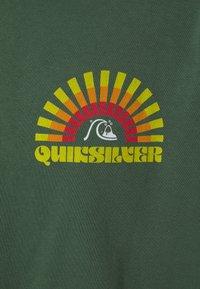 Quiksilver - GOLDEN HOUR - Long sleeved top - greener pastures - 2