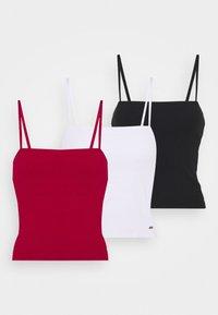 STRAIGHT ACROSS 3 PACK - Linne - white/red/black