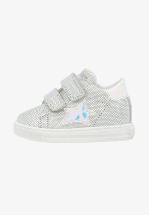 SASHA - Chaussures premiers pas - silber