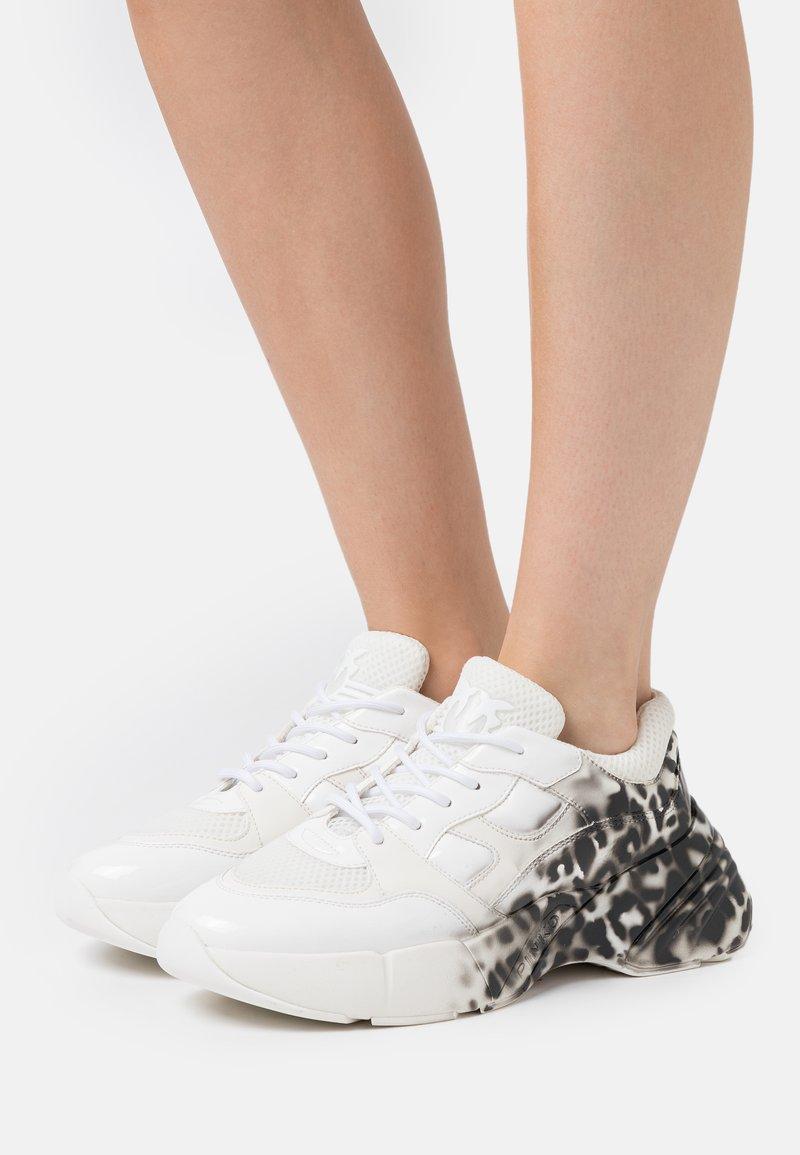 Pinko - RUBINO ANIMALIER  - Sneakersy niskie - multicolor/nero