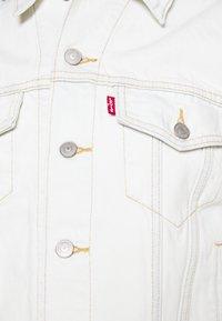 Levi's® - EX BOYFRIEND TRUCKER - Denim jacket - dappled light trucker - 6