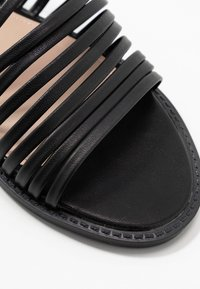 BEBO - RIA - Pantofle - black - 2