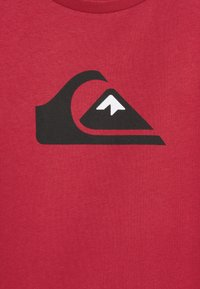 Quiksilver - SCREEN TEE - Print T-shirt - american red - 2
