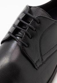 Lloyd - LYRA - Smart lace-ups - schwarz - 5