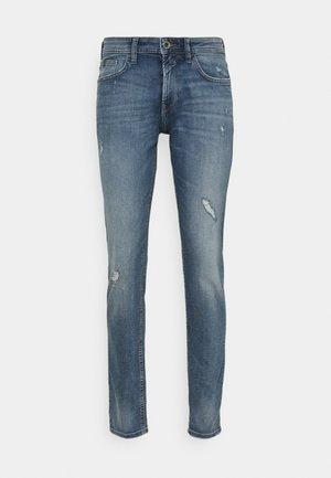 SLIM PIERS - Jeans Slim Fit - bleached blue denim