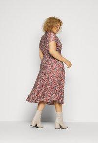 Lauren Ralph Lauren Woman - AMIT SHORT SLEEVE CASUAL DRESS - Day dress - red/multi - 2
