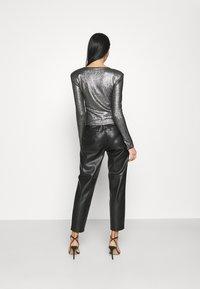 Gina Tricot - JONNA - Bluzka z długim rękawem - black/silver - 2