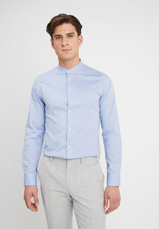 HJALTE - Camicia - little boy blue