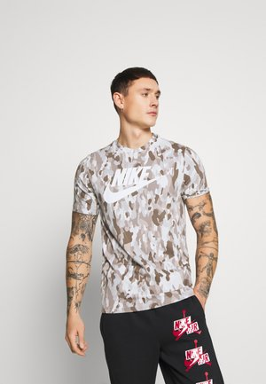 TEE CLUB - Print T-shirt - photon dust/grey fog/college grey/white
