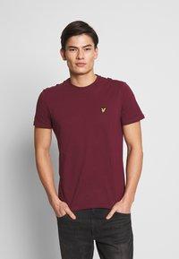 Lyle & Scott - PLAIN - Basic T-shirt - merlot - 0