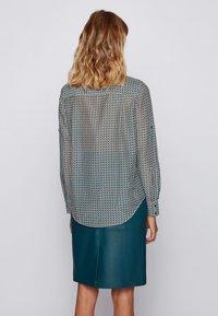 BOSS - EFELIZE_17 - Button-down blouse - patterned - 2