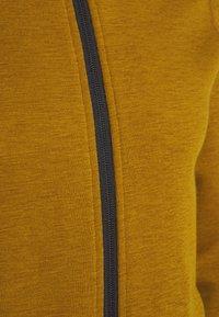 Icebreaker - MENS ELEMENTAL ZIP - Zip-up hoodie - curry - 8