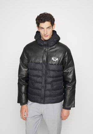 MENS PADDED PARKA IN RECYCLED POLYESTER - Winter jacket - black
