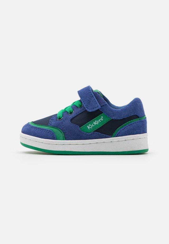 BISCKUIT - Tenisky - bleu/vert