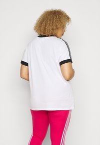 adidas Originals - TEE - Print T-shirt - white/black - 2
