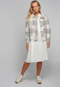 Noella - VIKSA - Summer jacket - light grey pink - 1