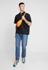 Woodbird - DAD FIT - Relaxed fit jeans - blue vintage - 1