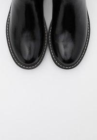 ONLY SHOES - ONLBOLD CHELSA BOOTIE - Talvisaappaat - black - 5