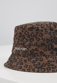Superdry - REVERSIBLE BUCKET HAT - Hatt - black - 2