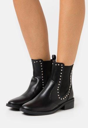 BLANCA - Kotníkové boty - black