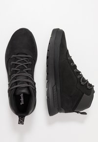 Timberland - FIELD TREKKER MID - Lace-up ankle boots - black - 3