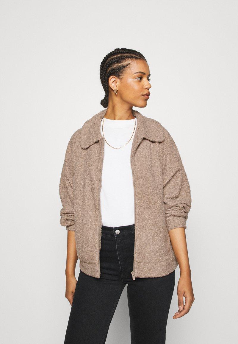 Vila - VIPIP BLOUSON - Winter jacket - simply taupe