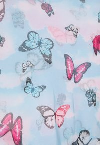 Missguided - BUTTERFLY TIE DYE LETTUCE TOP - Topper langermet - blue - 2