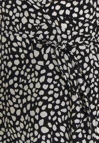 Missguided Petite - HIGH LOW MIDI DRESS DALMATIAN - Day dress - black - 2