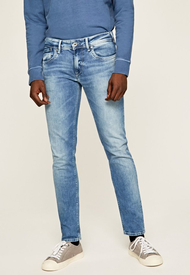 HATCH - Jeansy Straight Leg - blue denim