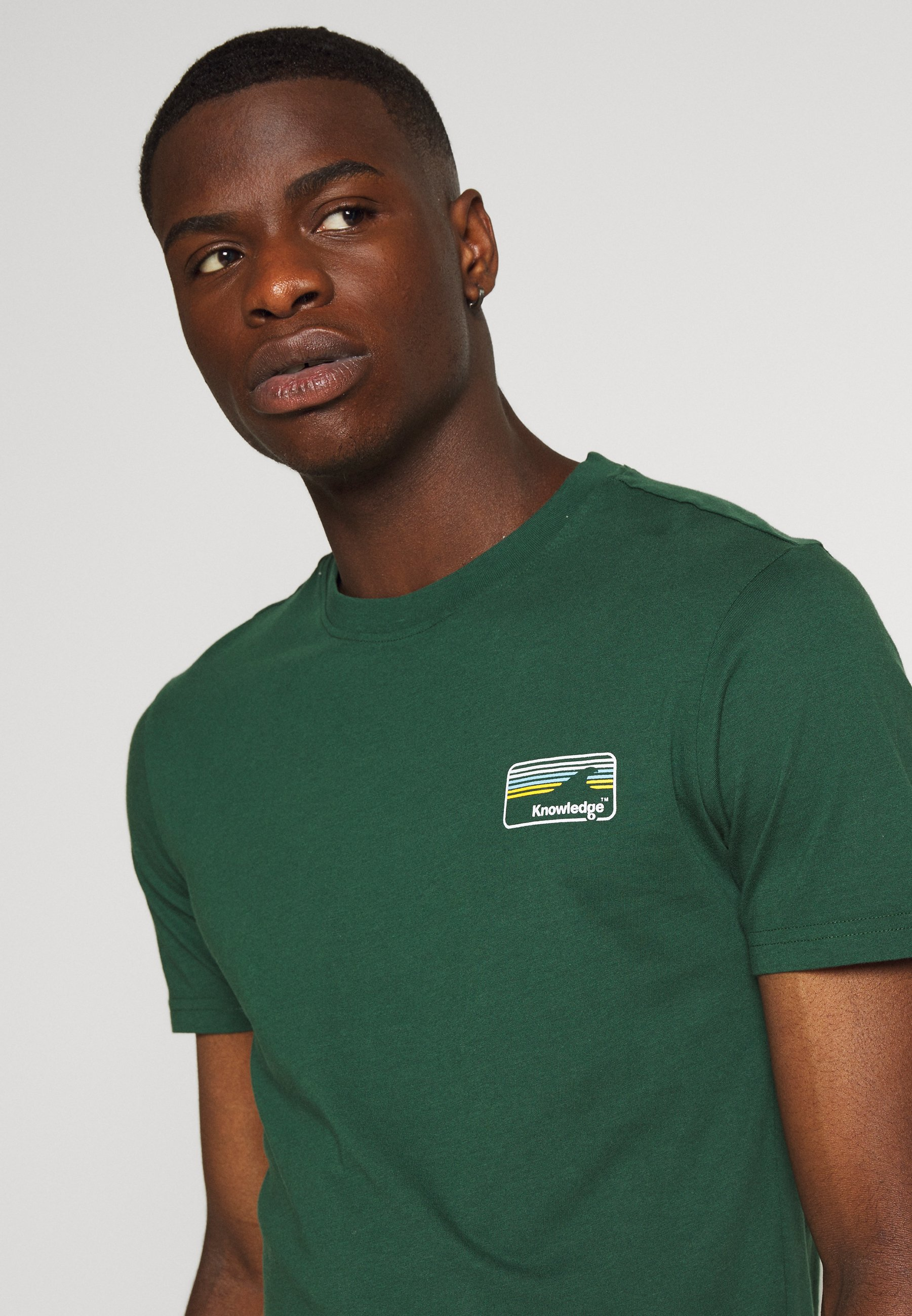 Knowledge Cotton Apparel ALDER KNOWLEDE TEE - Basic T-shirt - green Pn40V