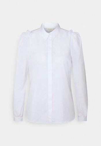 GIGI COLLAR - Button-down blouse - bright white