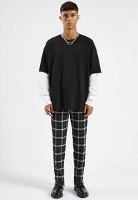 PULL&BEAR - Långärmad tröja - mottled black - 1