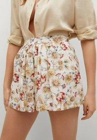 Mango - PARADISE - Shorts - off white - 4