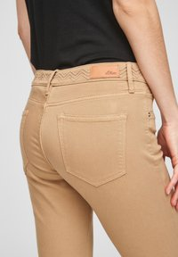 s.Oliver - Denim shorts - sand - 4